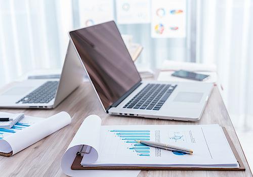 Laptop Schreibtisch Statistiken