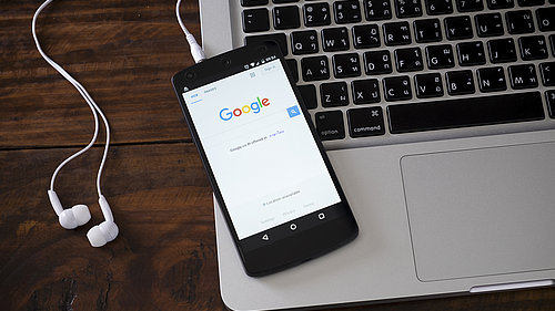 Google Search Console Insights Laptop Smartphone
